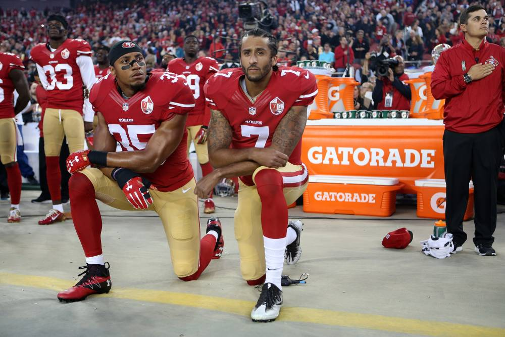 Colin Kaepernick protests police violence and murder against blacks in America.