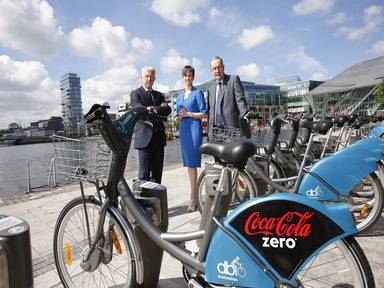 Jon Woods, general manager, Coca-Cola Great Britain and Ireland; Joanne Grant, managing director, JCDecaux Ireland; and Owen P Keegan, chief executive, Dublin City Council