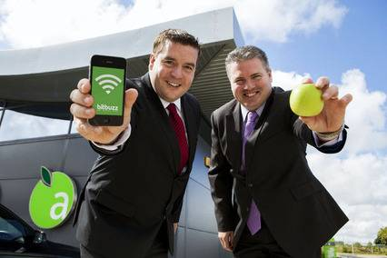 Des Kenny, business development manager, Bitbuzz and Adrian Grimes, Head of Food & MSA Operations, Applegreen