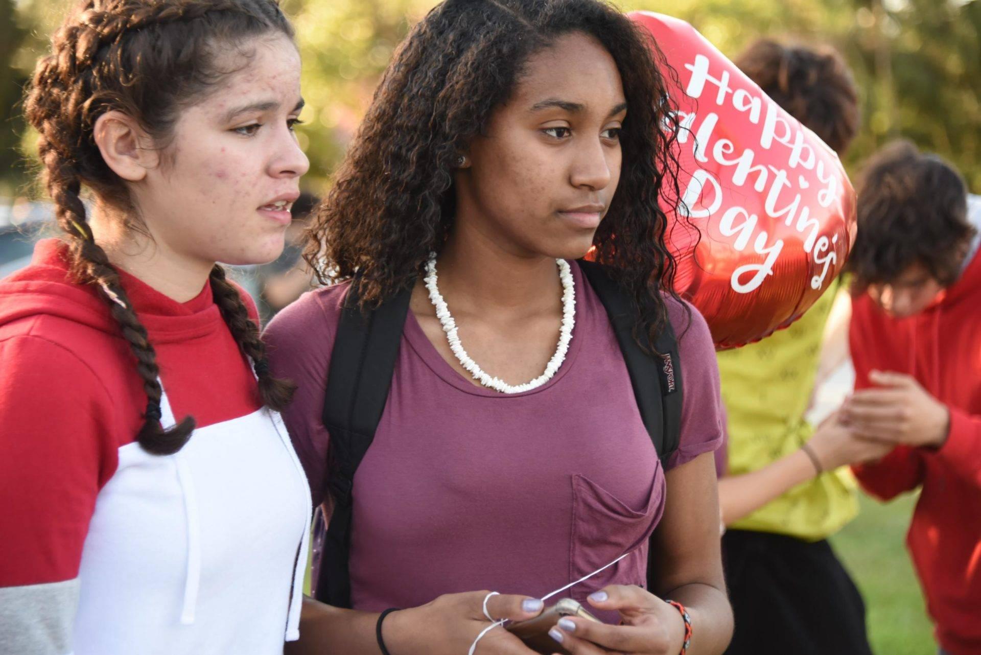 school shooting in Parkland, Florida kills 17